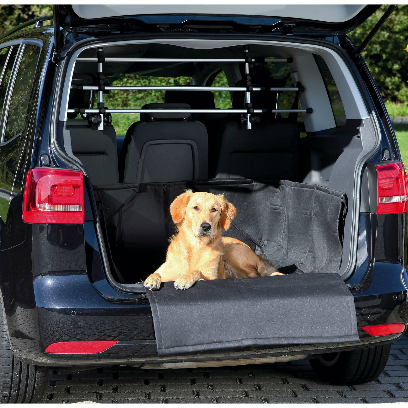 Trixie Kofferraumdecke für Hunde mit Stoßstangenschutz 1314, Bild 2