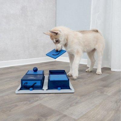 TRIXIE Dog Activity Hunde Poker Box Intelligenzspielzeug Preview Image